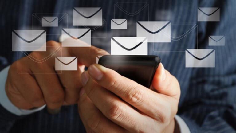 email-ilektronikes_synallages_-768x433